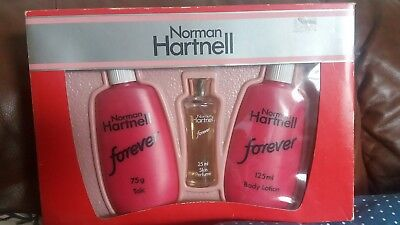 Norman Hartnell gift set vintage forever talc body lotion fragrance purfume FULL