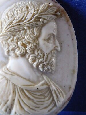 quite early ? ANTIQUE CARVED CAMEO for BROOCH  -  CARVED SHELL CAMEO
