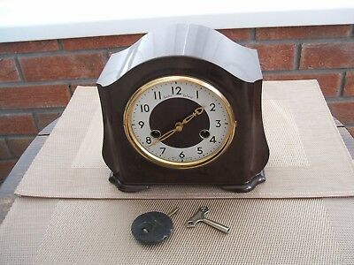 Bakelite Chiming Mantle Clock