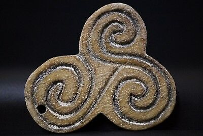 Ancient Viking BÖNE Amulet. Pendant of Norse Eternity Symbol, circa 950-1000 AD.