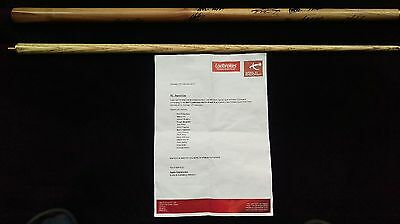 Snooker Cue 14 professional player signatures  with Authentication