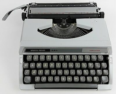 Silver-Reed 250 Tabulator Typewriter with Case - Made in Japan - Silver Seiko Co