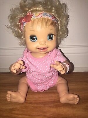 Hasbro Baby Alive 2007 Learn to Potty Soft Face Talks Moves Eyes  Poops Pees