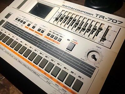 Roland TR-707 Turns on, not fully functional