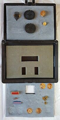 US Insignia Saver Case For Awards or Pins   [Military Pins Shown Are Included]