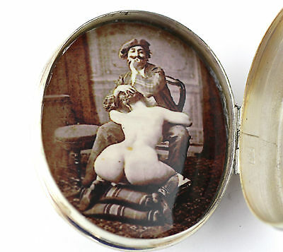 "Collectable Erotic Edwardian Style ""the Artist"" Concealed Pillbox Solid Silver"