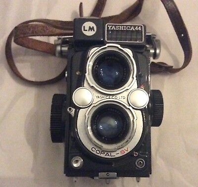 Vintage Cased yashica 44 LM Grey Twin Lens Reflex's Camera 1959