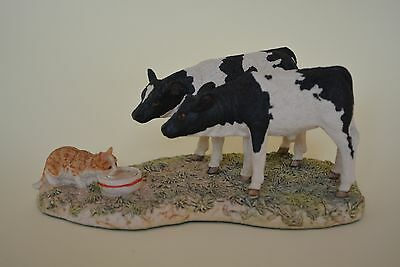 "Border Fine Arts - ""Who's Milk Is It?"" Calves & Cat Ornament  Walton 1993"