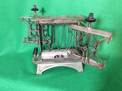 Vintage Star Electic Swing Toaster Fitzgerald Mfg. Co. Very Good Condition