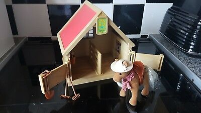 Vintage 1990 Sylvanian Families Pony & Stable