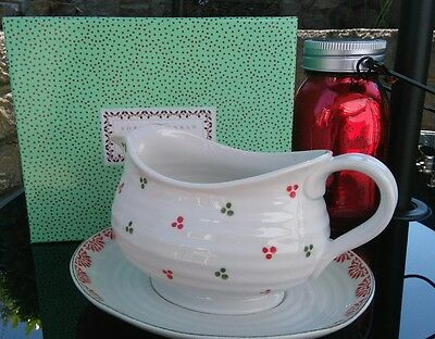 Sophie Conran For Portmeirion Christmas Gravy/Sauce Boat and Stand - New Boxed