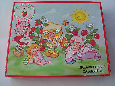 1981 Strawberry Shortcake Canadian Parker Brothers 60 Piece Puzzle & Postcard