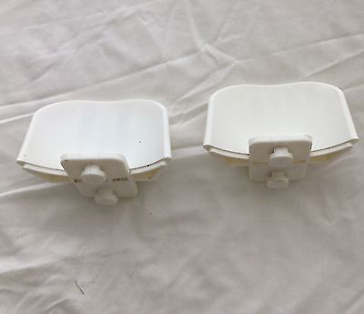 2 Plastic Nylon Jump Cups For Keyhole Track Horse Showjumping