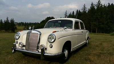Mercedes-Benz: 200-Series ponton  model 220 S