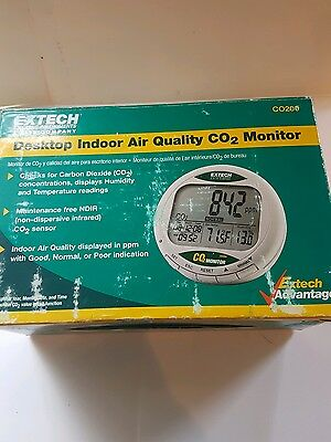 NEW Extech CO200 Desktop Indoor Air Quality CO2 Monitor with Warning, Humidity,