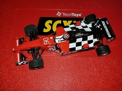 NEW 1:32 Analog SCX 6195 SCX 2006 F1 Club Car - Crack in Display Base