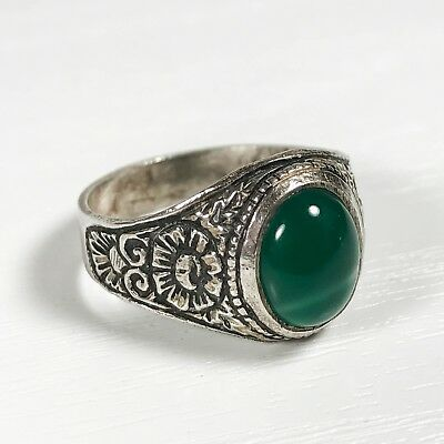 Vintage Solid Sterling Silver Ladies Ring - Size Uk O : Green Agate Stone