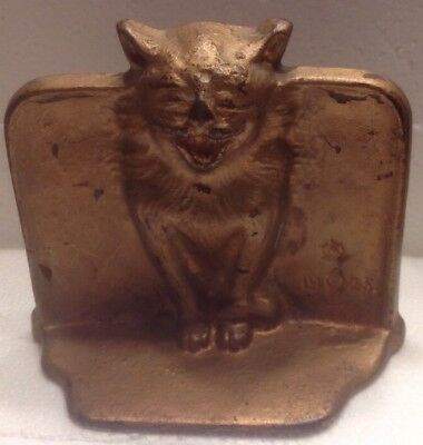 Vintage Metal Open Mouthed Cat Bookend~Back Marked D-A-L ~ Front 1925 W/symbol.