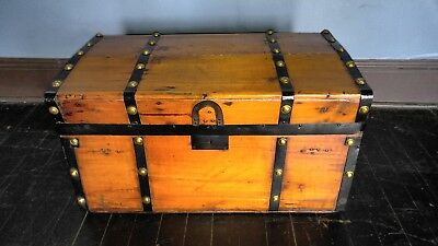 "Vintage ""Stagecoach"" Wood, Leather, Brass 28"" Trunk Chest"