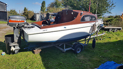 boat 15ft with cabin 20hp mariner