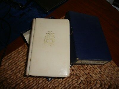 mini common prayer book with gold edges in good condition