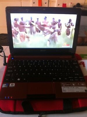 Immaculate Acer Aspire One 2 Gig Win 7