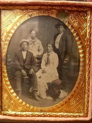 Rare 1800s Native American Indian Tintype Gutta Percha Union Case Photograph
