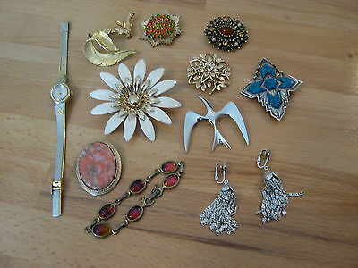 Sarah Coventry vintage to now mixed lot, 9 brooches, bracelet, watch, earrings