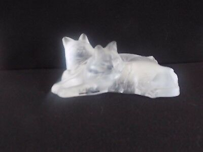 Excellent Frosted Lalique Two Lovely Loving Kittens W/Origial Label Affixed