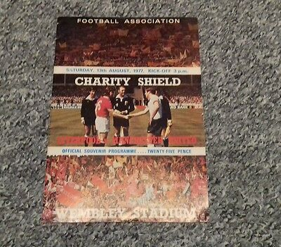 Liverpool v Man Utd charity shield 13-8-1977 (535)