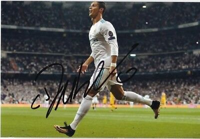 Real Madrid Cristiano Ronaldo original hand signed photo COA