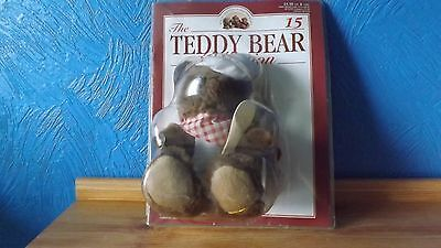 THE TEDDY BEAR COLLECTION. No 15. CLEMENT THE CHEF.  SEALED WITH MAGAZINE