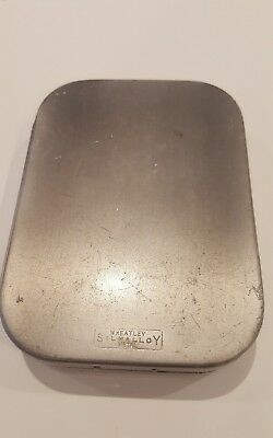 Vintage Wheatley Dry Fly Compartment Box Fly Fishing