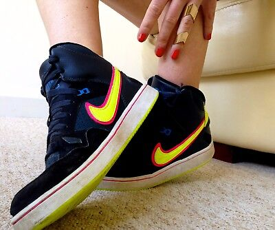 NIKE FORCE High Top Trainers Blue & Black With Yellow Swoosh Size 5