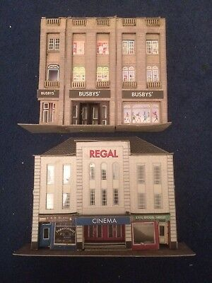 Job Lot Of Metcalfe Low Relief Shops And Cinema OO Gauge