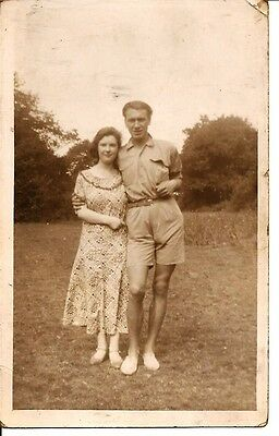 VINTAGE REAL PHOTO POST CARD Young couple