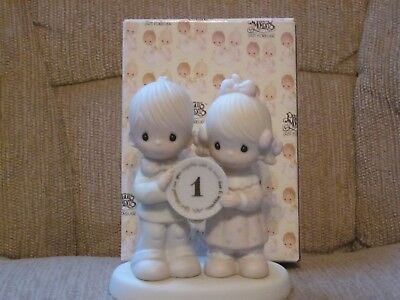 Precious Moments Figurine - 1y anniversary E2854, God Bless Our Year Together