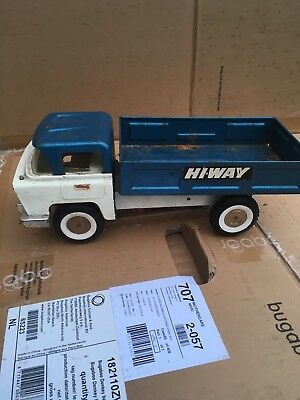 Vintage Triang Tinplate Hi way Truck