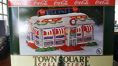 Coca cola Town Square collection Tick Tock Diner Christmas gift in box