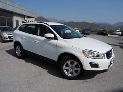 VOLVO XC60 D3 AWD Geartronic Kinetic