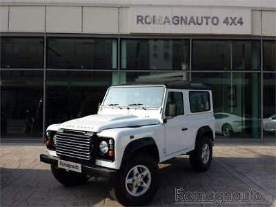 LAND ROVER Defender Defender 90 2.4 TD4 Station Wagon S