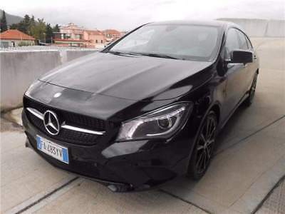 MERCEDES-BENZ CLA 220 SHOOTING BRAKE Automatic Business - KM 8000!