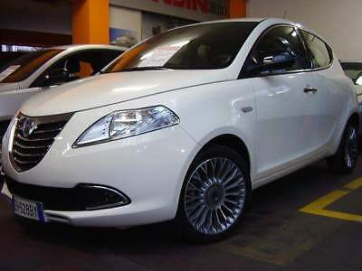Lancia Ypsilon 0.9 Twin-air TURBO 85hp PLATINUM