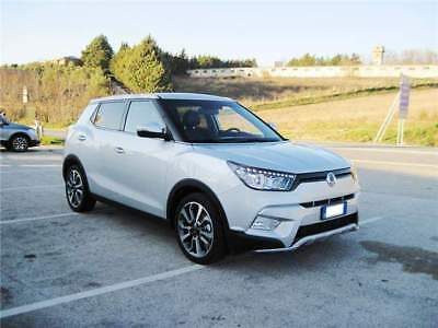 Ssangyong tivoli 1.6 d 2wd serie speciale comfortzone km 0!
