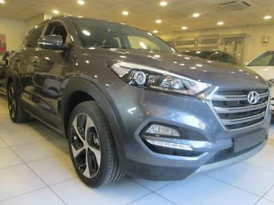 Hyundai Tucson 1.7 Crdi X Possible Cerchi 19 New Model Km0