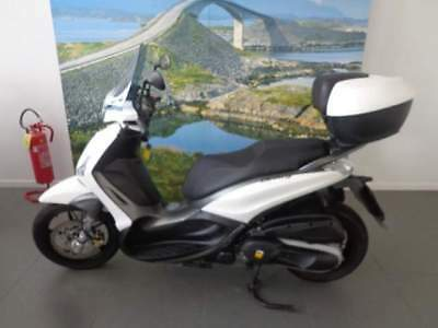 PIAGGIO Beverly 350 SportTouring BEVERLY SPORT TOURING 350