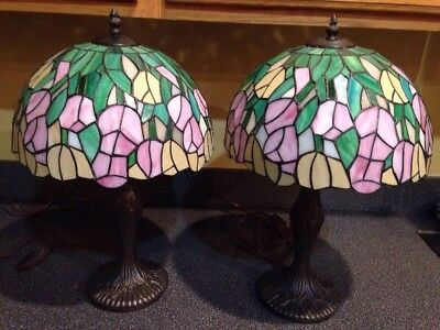 Pair of Vintage Tiffany Style Lamps W/ Stained Glass Shade