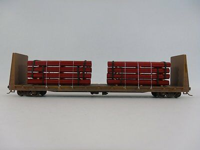 HO Scale Model Railroads & Trains - Freight Cars - Pipes Load