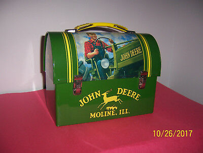 JOHN DEERE Metal Tin LUNCH BOX. Very Clean.