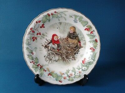 Wedgwood The Victoria & Albert Museum Christmas Plate 1991